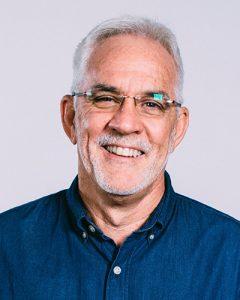 Headshot of pastor Wayne Alcorn
